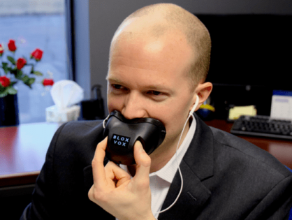 BloxVox Keeps People From Overhearing Your Phone Calls